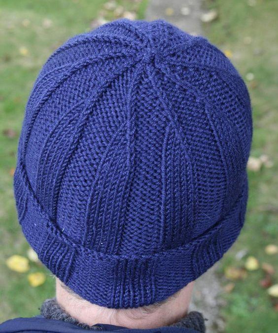 کلاه مردانه بافت دو میل آبی