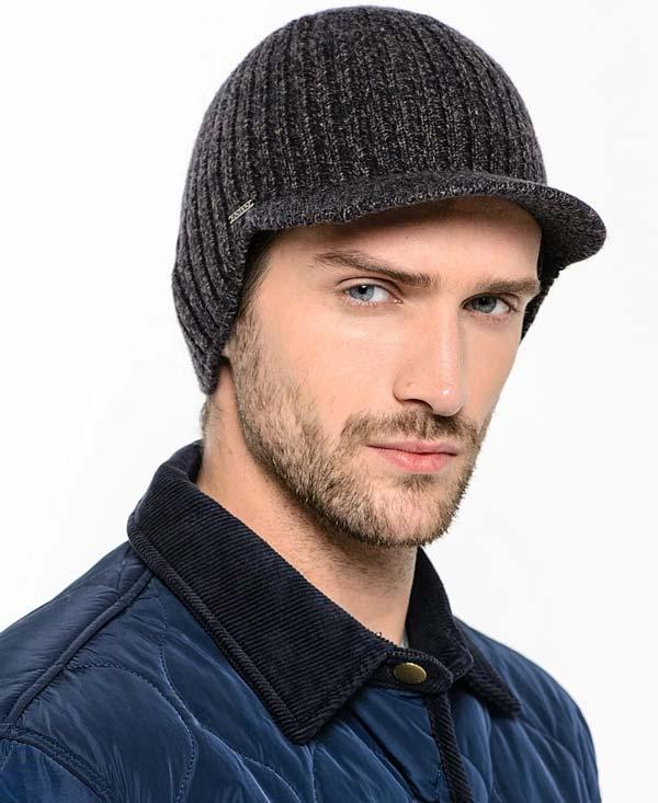 کلاه لبه دار بافتنی