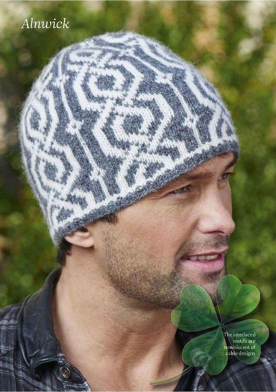 کلاه بافتنی دو رنگ نقش دار