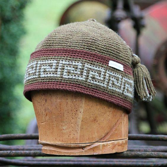 کلاه گرد قلاب بافی مردانه