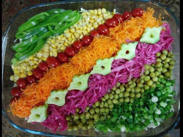 تزیین سالاد کاهو - تزیین سالاد شیرازی - تزئین سالاد سیزیجات