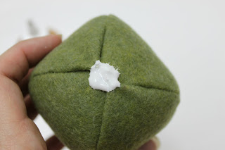 آموزش دریت کردن میوه با نمد - درست کردن گلابی نمدی - نمد دوزی