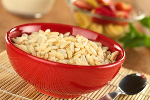نان، شیرینی، دسر  , طرز تهیه برنجک شب یلدا / برنج پفی / سریل