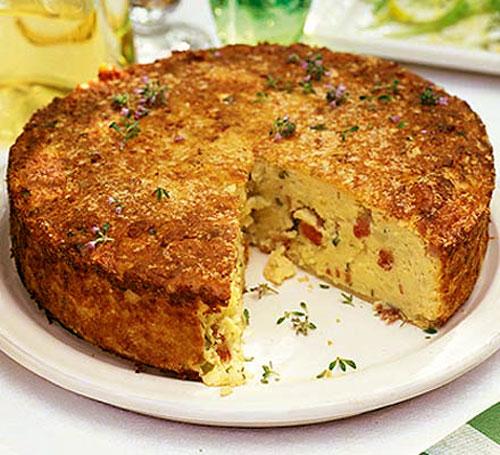 طرز تهیه کیک سیب زمینی و سوسیس