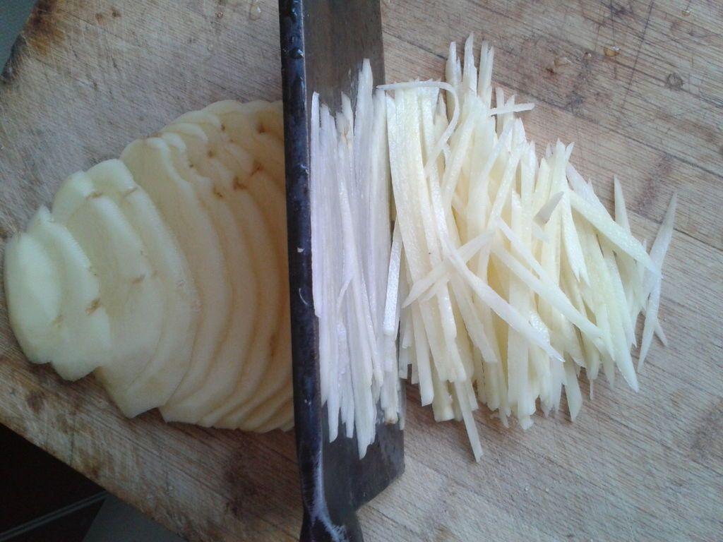 دستور پخت غذا  , طرز تهیه کیک سیب زمینی خلالی