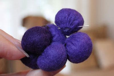 آموزش ساخت خوشه انگور نمدی - آموزش نمد دوزی