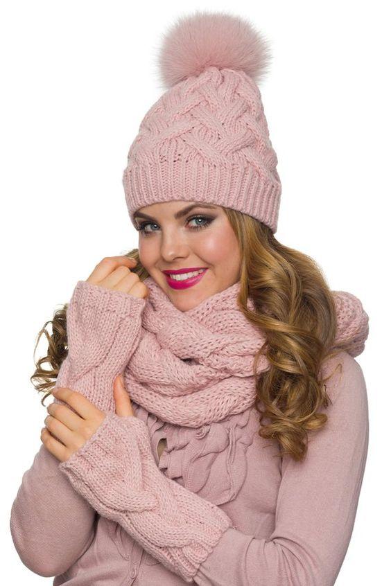شال و کلاه زنانه زمستانی صورتی