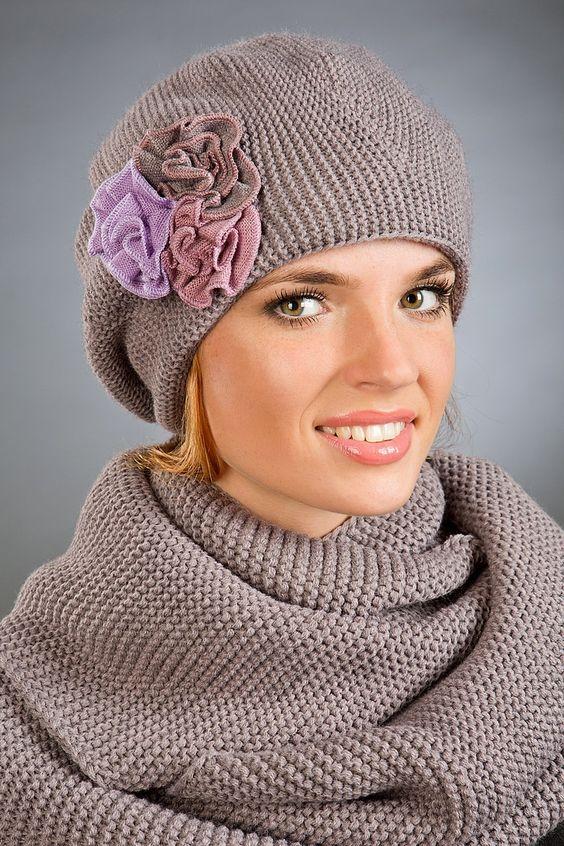 شال و کلاه بافتنی زنانه