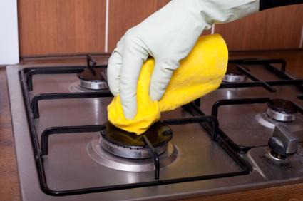 اسرار خانه داری  , روش تمیز کردن اجاق گاز