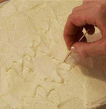 آموزش نوشتن روی کیک