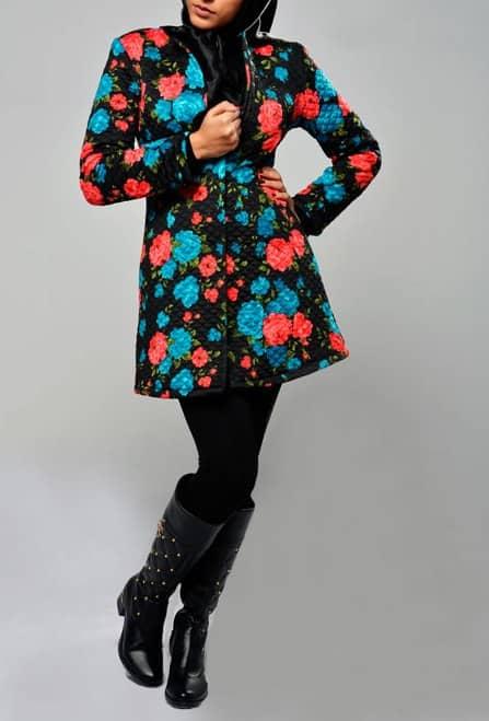 مدل مانتو کتی پاییزه زمستانه گرم و دورو گلدار مشکی کوتاه شیک 95