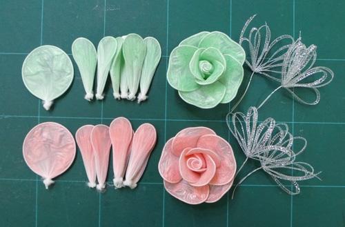 ساخت گل رز با کیسه زباله رنگی