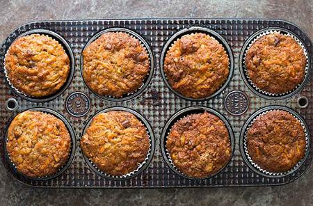 طرز تهیه کاپ کیک سیب و هویج