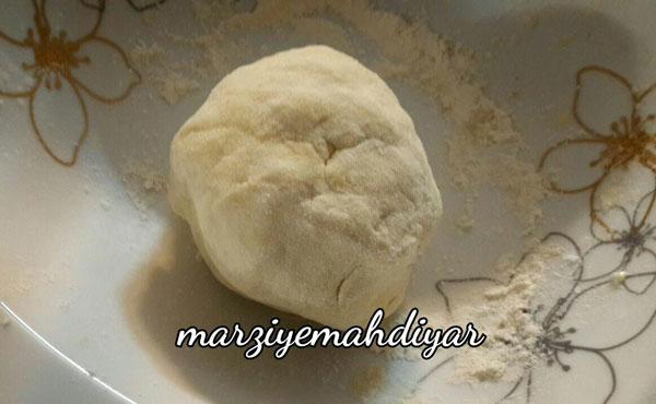طرز تهیه خمیر پیتزا , خمیر پیراشکی