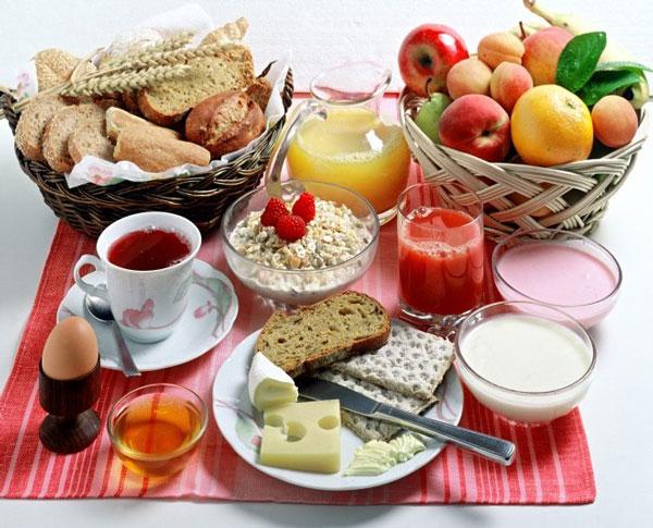 عوارض نخوردن صبحانه برای کودکان و بزرگسالان