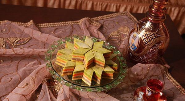 باقلوا پرچمی قزوین , باقلوا سه رنگ