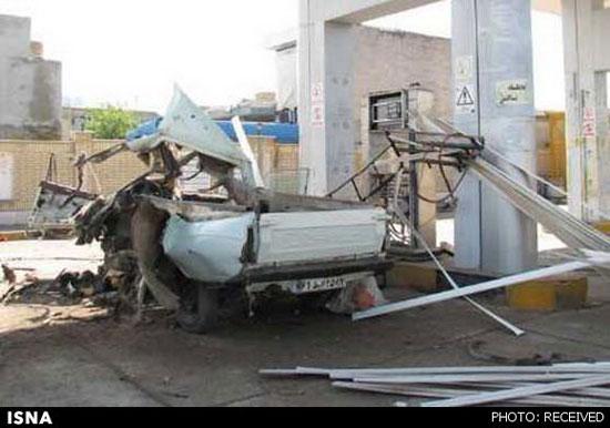 اخبار گوناگون  , عکس انفجار وانت پیکان در جایگاه CNG