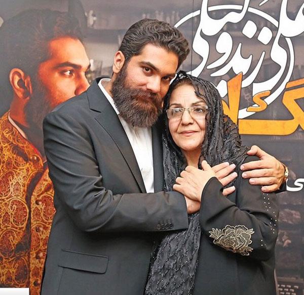عکس علی زند وکیلی و مادرش