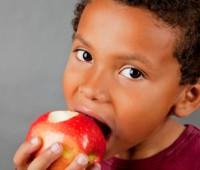 فواید خوردن سیب برای کودکان!