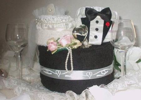 نحوه چیدمان حوله عروس و داماد, نحوه تزیین حوله عروس و داماد