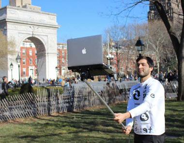 مونو پاد لپ تاپ,مونوپاد لپ تاپ اپل,گرفتن عکس سلفی با مونو پاد