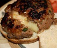 چیزبرگر درون پنیری