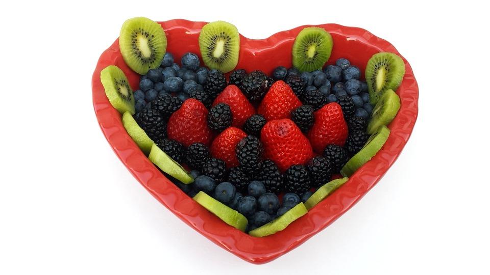 تغذیه  , ۱۰ ماده غذایی مفید برای سلامت قلب
