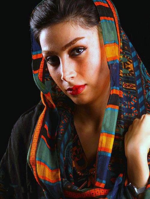 بیوگرافی ساناز زرین مهر