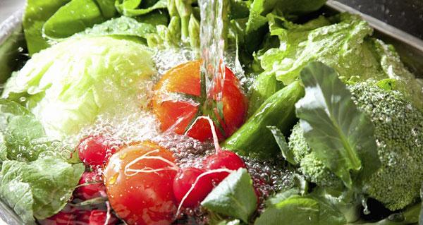 ضدعفونی سبزیجات , شستشوی سبزیجات
