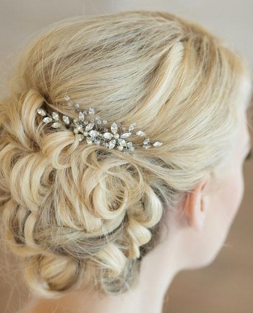 تاج و گل سر عروس , شینیون عروس