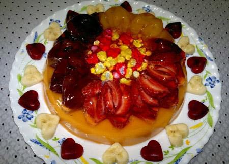 تزیین ژله با میوه تابستانی,تزئین ژله با میوه,تزیین ژله با انواع میوه ها
