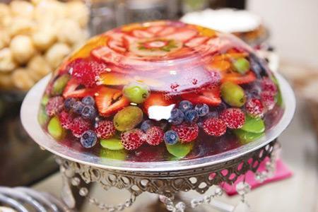تزئین ژله با میوه
