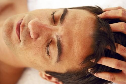 افزایش سرعت رشد مو , ماساژ پوست سر