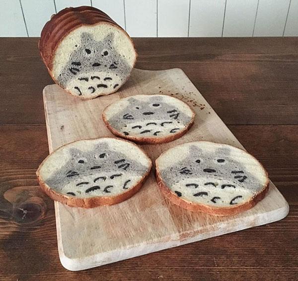 نان تست نقاشی شده