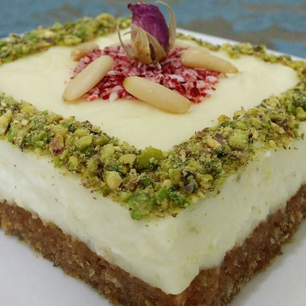 نان، شیرینی، دسر  , طرز تهیه عیش السریا دسر عربی ماه رمضان