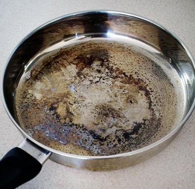 راههای تمیز کردن ظروف سوخته,تمیز کردن قابلمه سوخته
