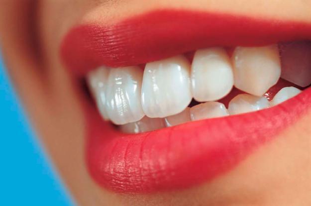 ازبین بردن جرم دندان با مواد طبیعی