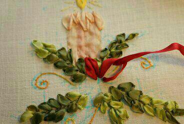 آموزش روبان دوزی, دوخت گل با روبان