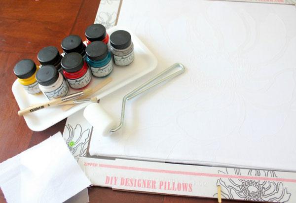 آموزش هنرهای دستی  , آموزش نقاشی روی کوسن / نقاشی روی پارچه