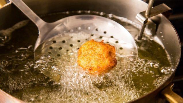 نکات آشپزی  , هنگام سرخ کردن غذا به این نکات توجه کنید