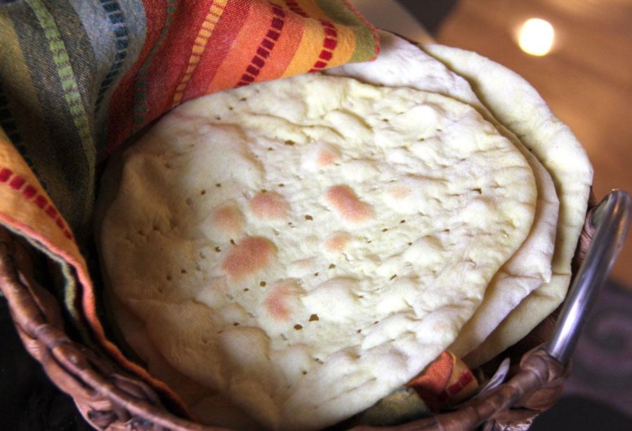 نان، شیرینی، دسر  , طرز تهیه نان تافتون خانگی | پخت نان در منزل