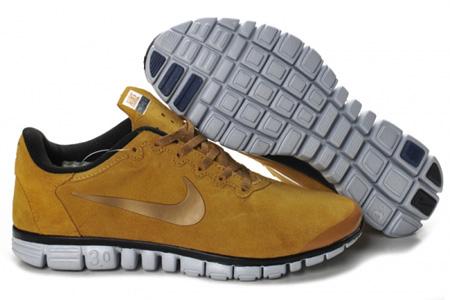 مدل کفش اسپرت پسرانه نایک طلایی