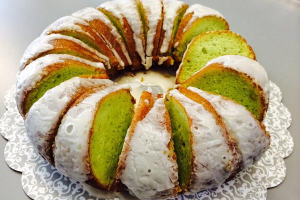 طرز تهیه کیک پسته ای