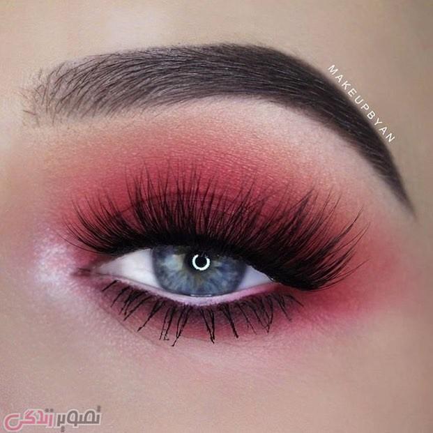 آرایش چشم حرفه ای, سایه چشم قرمز