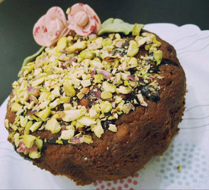 طرز تهیه کیک رطب و پسته