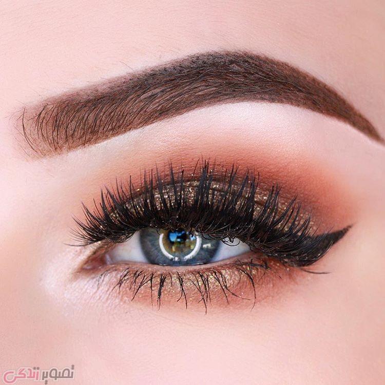 خط چشم گربه ای , آرایش چشم ملایم