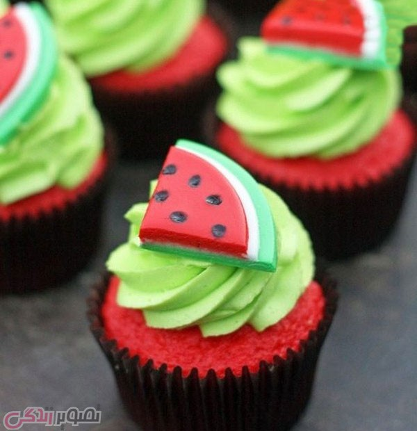 watermelon shaped cake