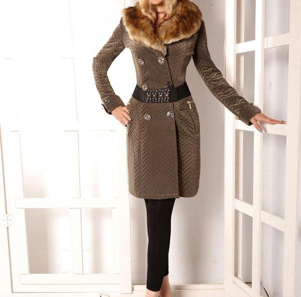 مدل پالتو زنانه خز دار رنگ قهوه ای