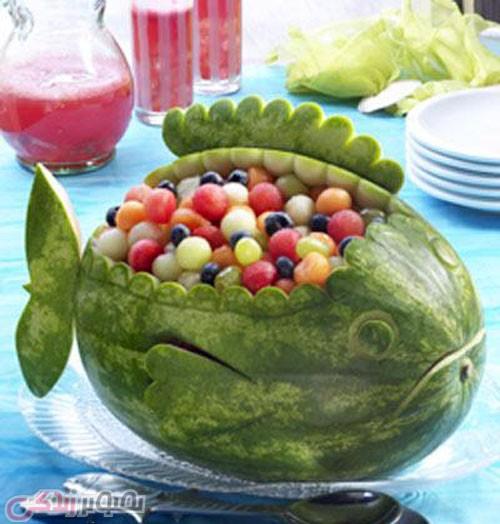 تزیین هندوانه شب یلدا به شکل کوسه