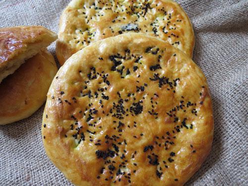 طرز تهیه نان روغنی سنتی , نان روغنی آذزی